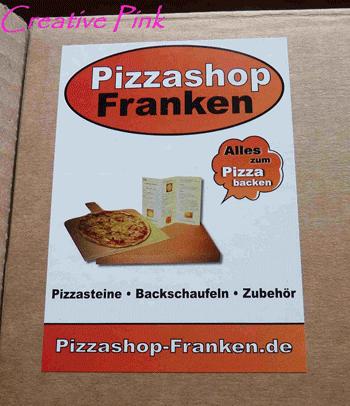 der pizzastein f r ein perfektes pizza dinner creative pink cuisine. Black Bedroom Furniture Sets. Home Design Ideas