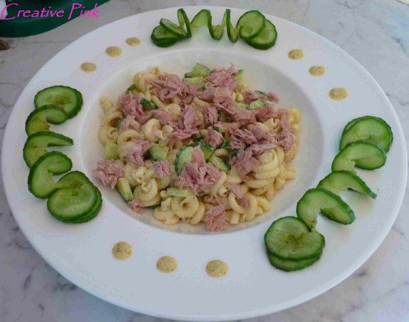 Nudelsalat mit Thunfisch und Gurke 2