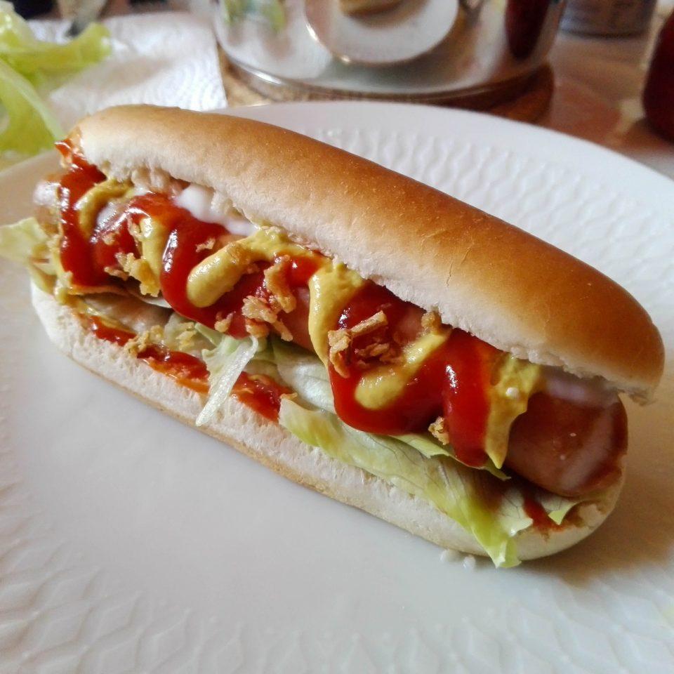 Klassischer American Hotdog